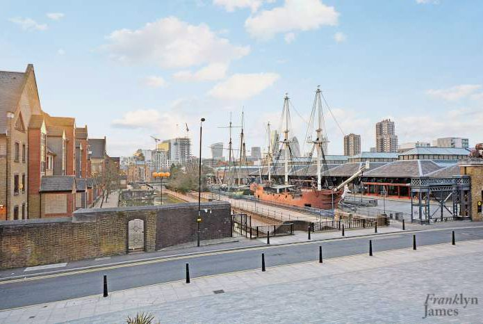 Wapping Area Guide
